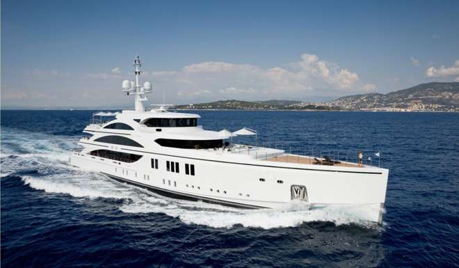 10 Of The Most Luxurious Superyachts At Miamis Premier Yacht Show