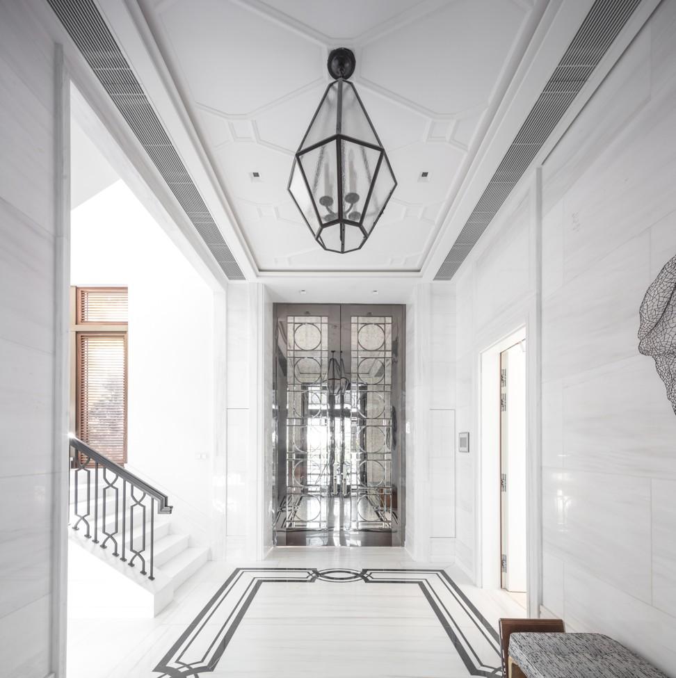 Inside the peak s mount nicholson asia s priciest for Interior designer address