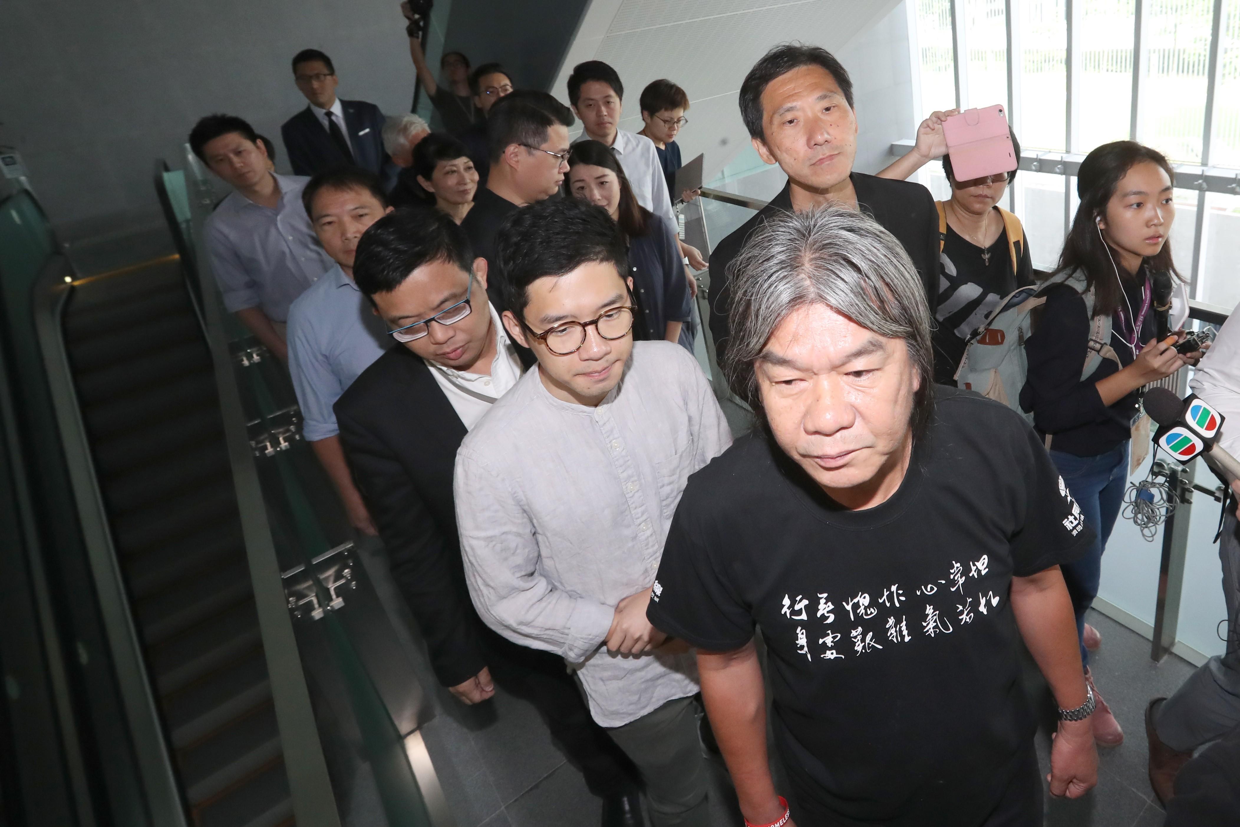 I won't target more Hong Kong pan-democrats in oath-taking ...