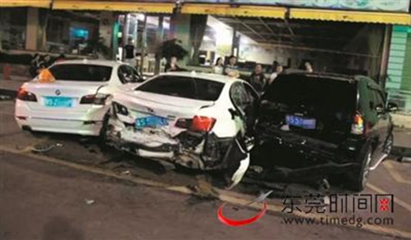An ordinary accident of three cars blew up social networks: they can not identify the culprit 24Warez.Ru