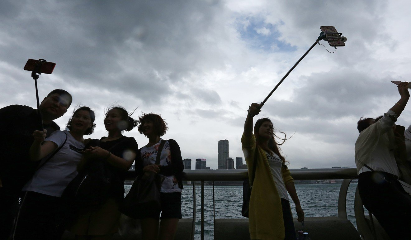 mainland china visitor impact of hong Hong kong is considering a limit on the number of tourists from mainland china, reports juliana liu, at a time when many countries are pushing to ease visa restrictions for them.