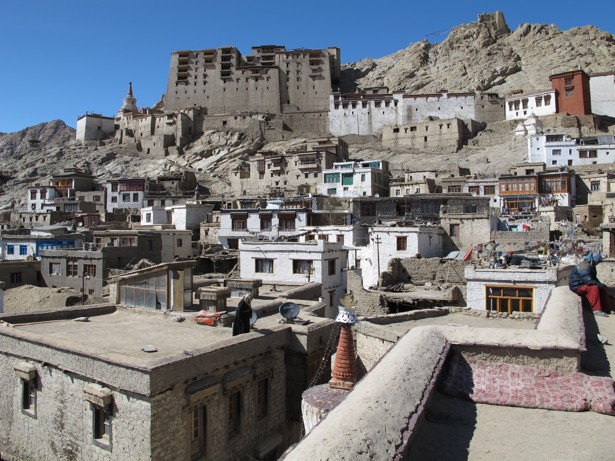 This group is saving tibetan traditional architecture from