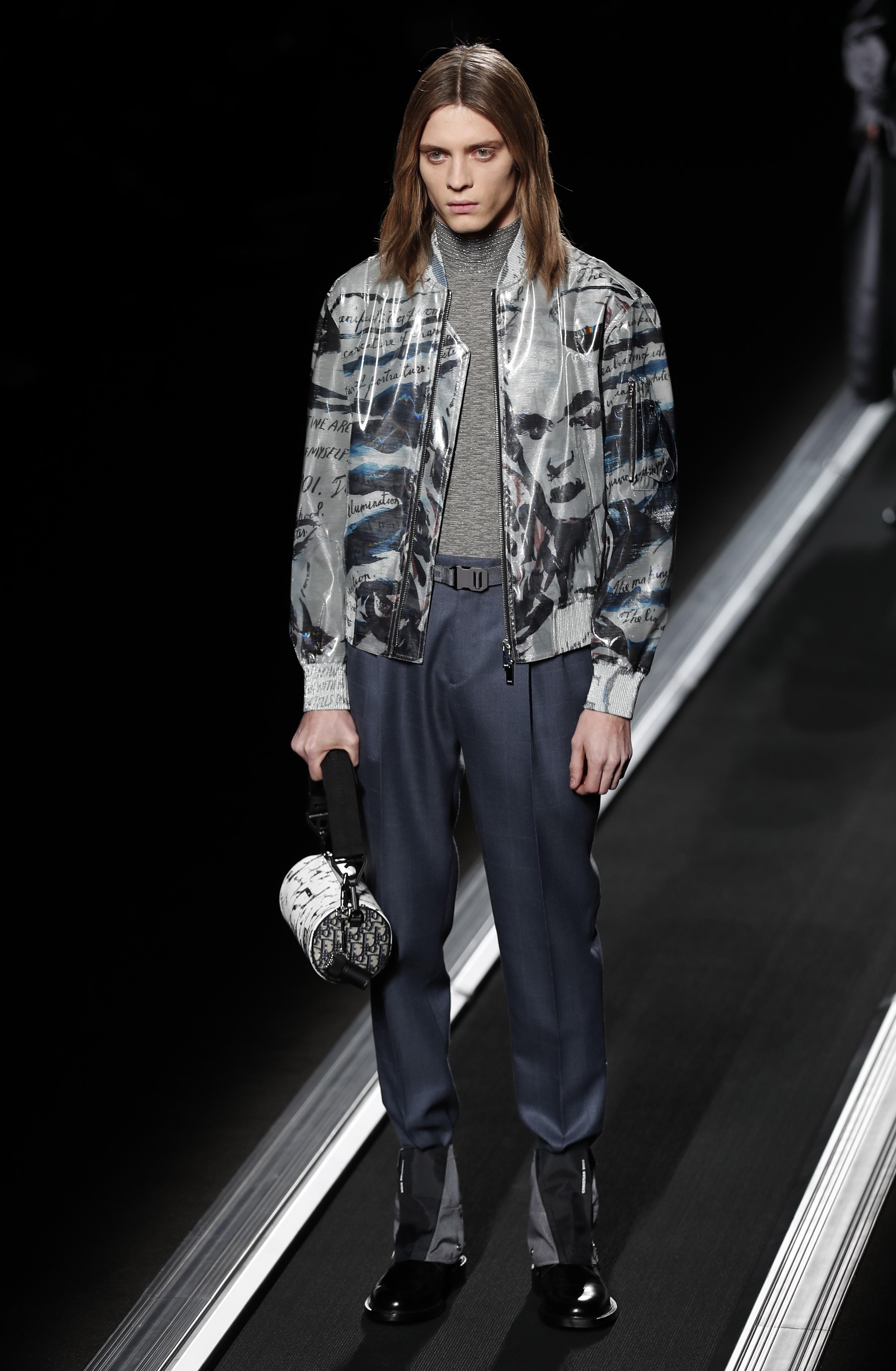 cdaef290418 Paris Fashion Week  Dior s statuesque models cut a dash as well-tailored  suits make a comeback