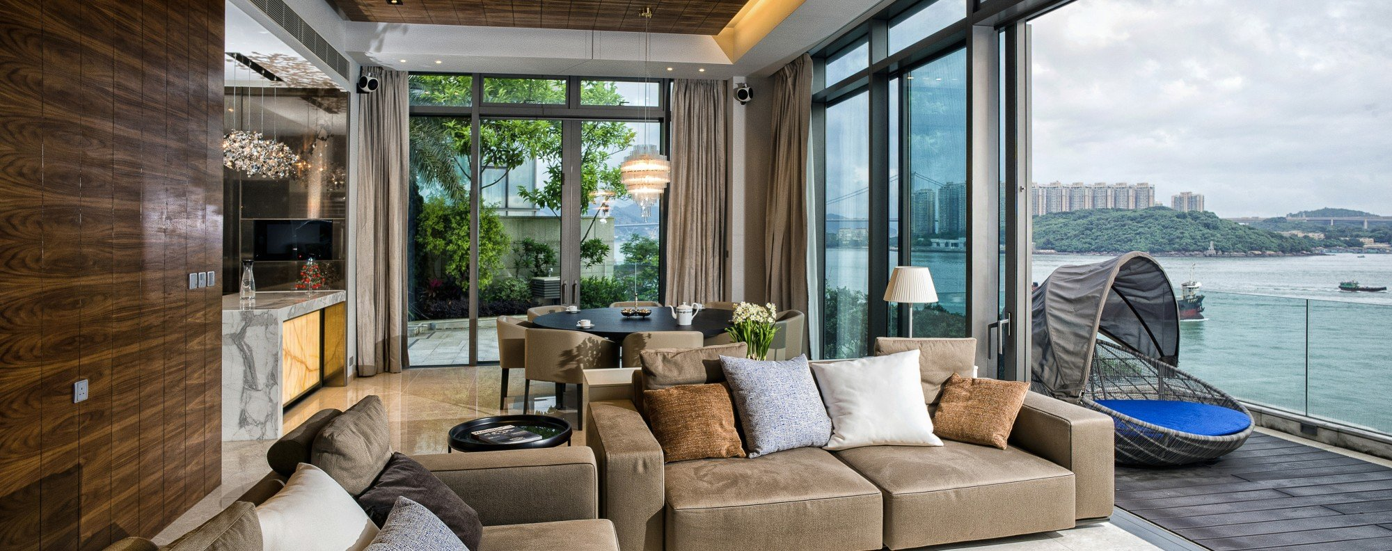 Stunning 2400 sq ft hong kong duplex has views that stop you in your tracks post magazine south china morning post