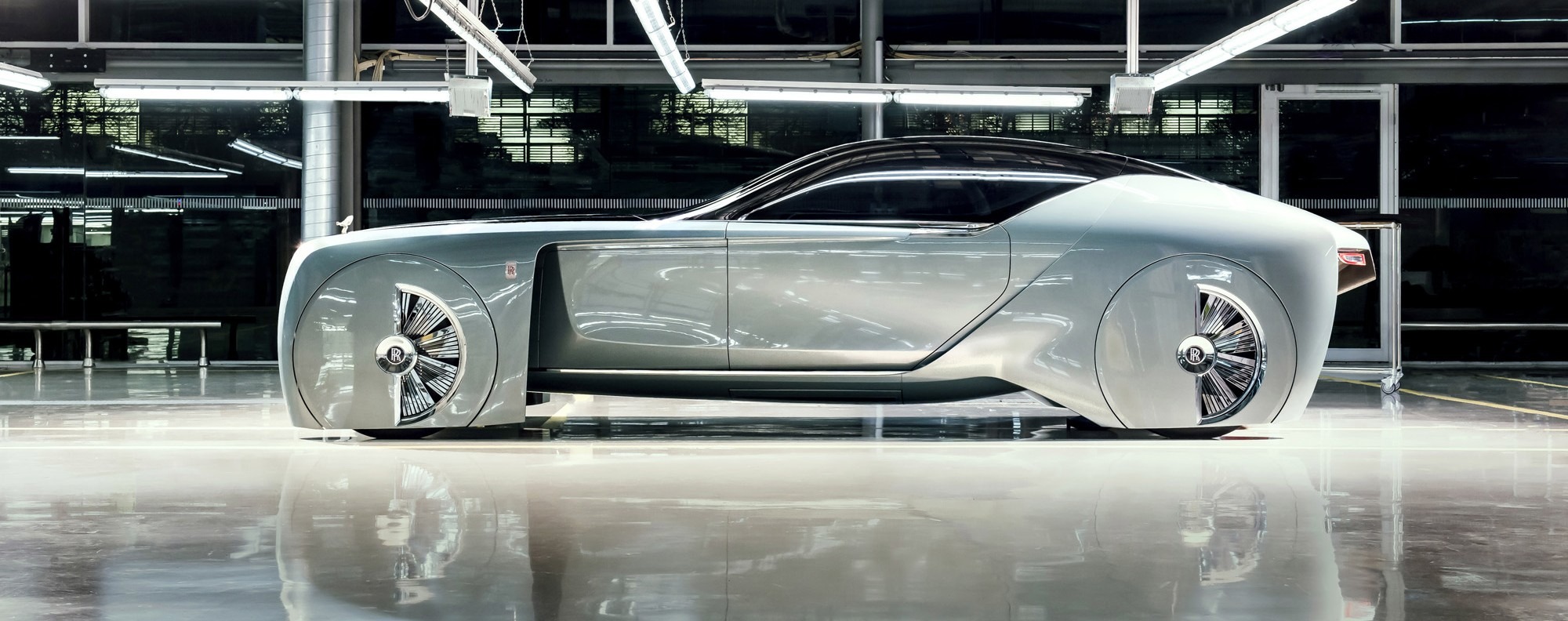Rolls-Royce predicts it will create tailor-made cars for the rich ...