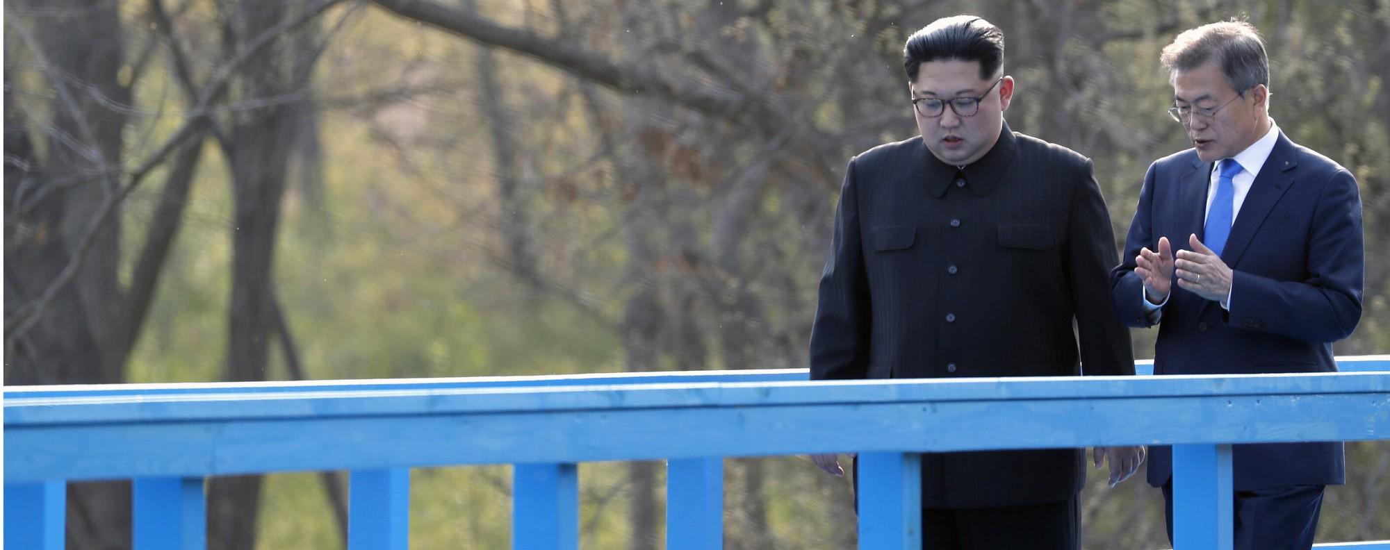 Kim Jong-un and Moon Jae-in. Photo: Bloomberg