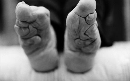 An image from Jo Farrell's upcoming book shows the feet of Yang Jinge, 87. Photo: Jo Farrell