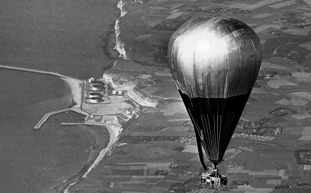 The balloon Double Eagle II crossing the French Coast near Le Havre on August 17, 1978, near the end of the transatlantic crossing. Photo: AP