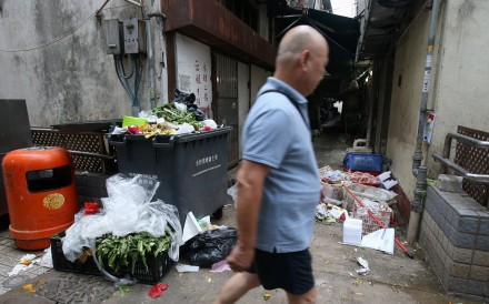 Discarded food waste creates a rats' paradise in an alley of a market in the same district where a second Hong Kong resident was infected with the hepatitis E virus. Photo: David Wong