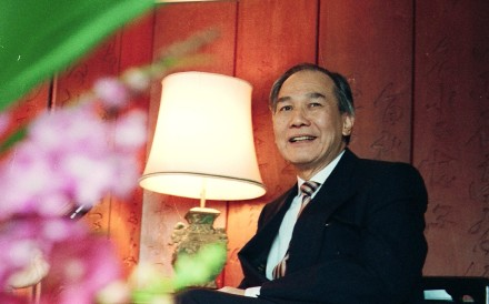 Former diplomat and Thai prime minister Anand Panyarachun is seen as a pioneer in Sino-Thai relations in a new book by Dominic Faulder. Photo: SCMP