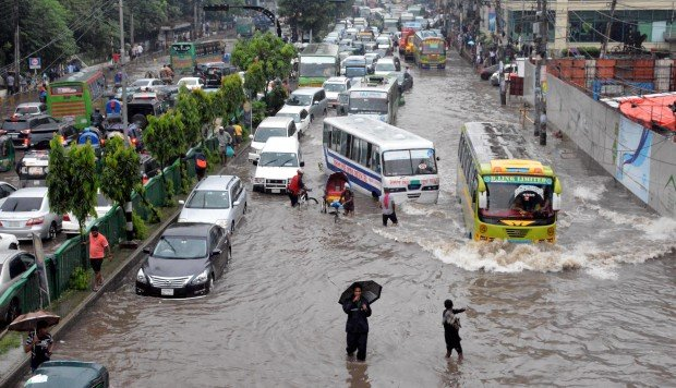 By 2030, flooding and extreme weather could cost South Asian countries US$215 billion every year