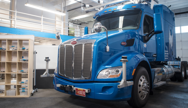 A self-driving truck just drove from Los Angeles to Jacksonville in the US hauling refrigerators