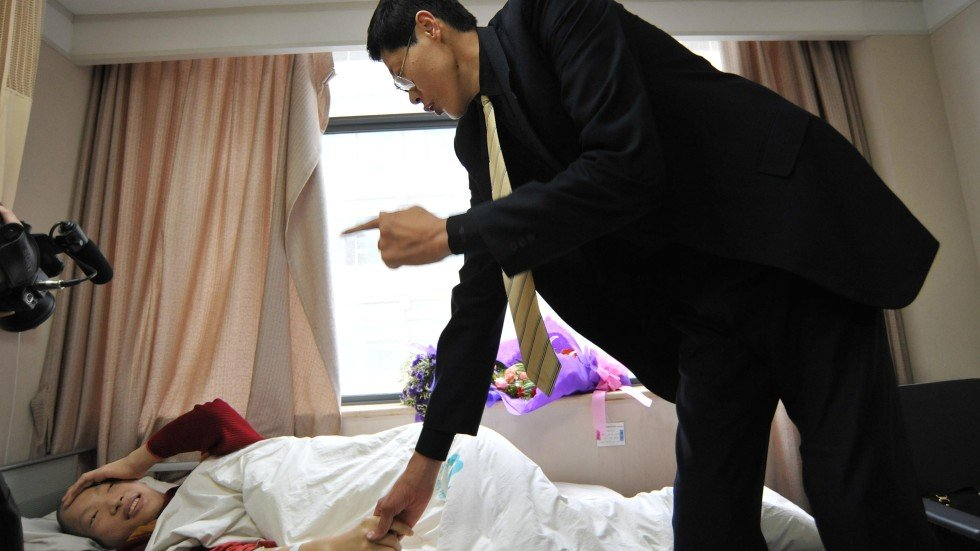 world�s tallest woman dies in china south china morning post