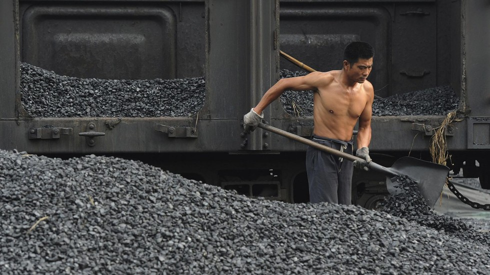 Chinese puzzle  steel output up but coal supply down  6aed1327b