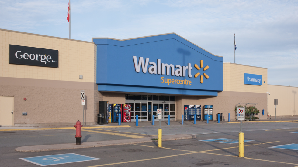 Visa accuses retail giant Wal-Mart in Canada of dragging customers ...