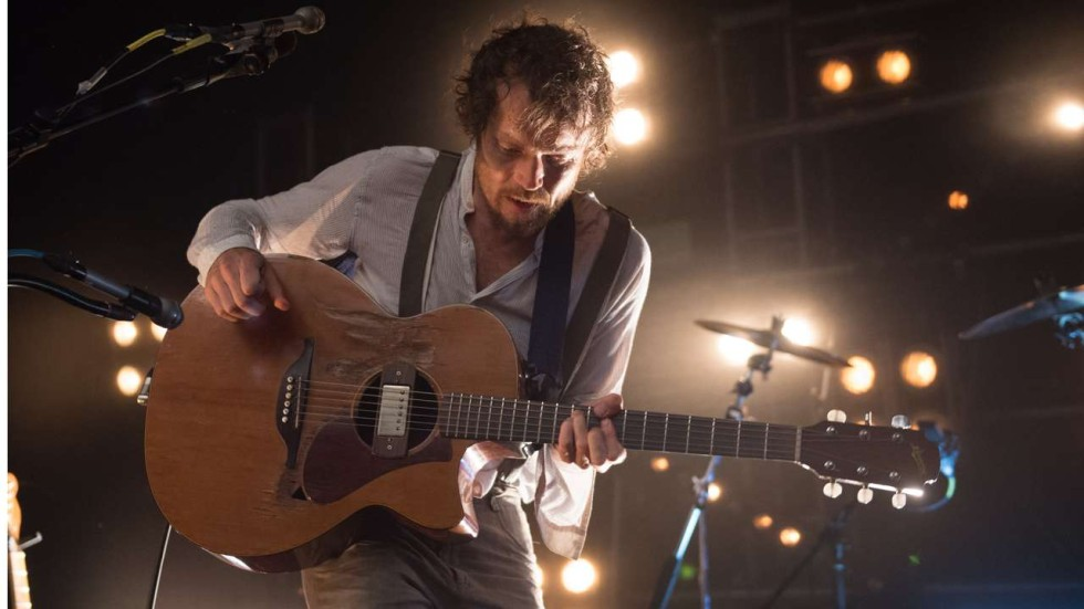 Damien Rice Shows His Talent In Hong Kong And How Much He Likes A