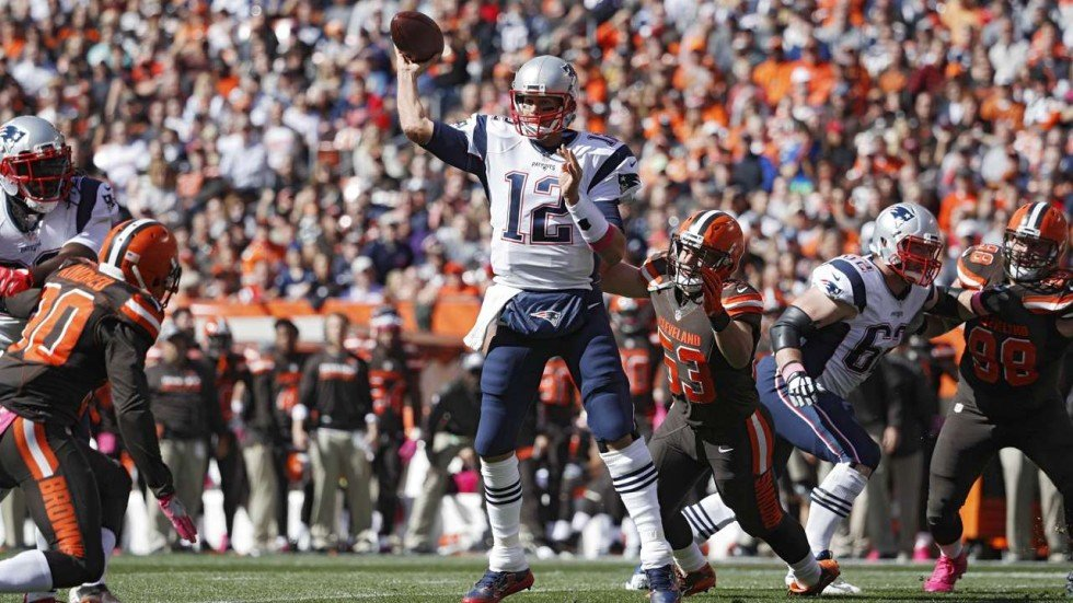 6162696c Tom Brady returns from suspension and shines in the New England ...