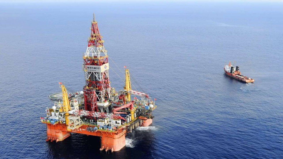 duterte says philippines can t afford oil rigs open to sharing