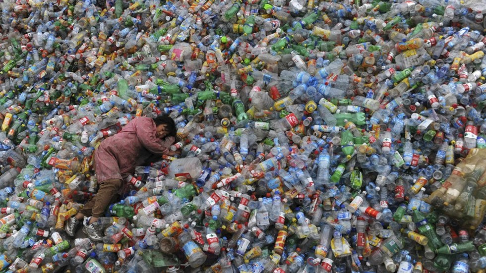 China Bans Loathsome Foreign Garbage South China