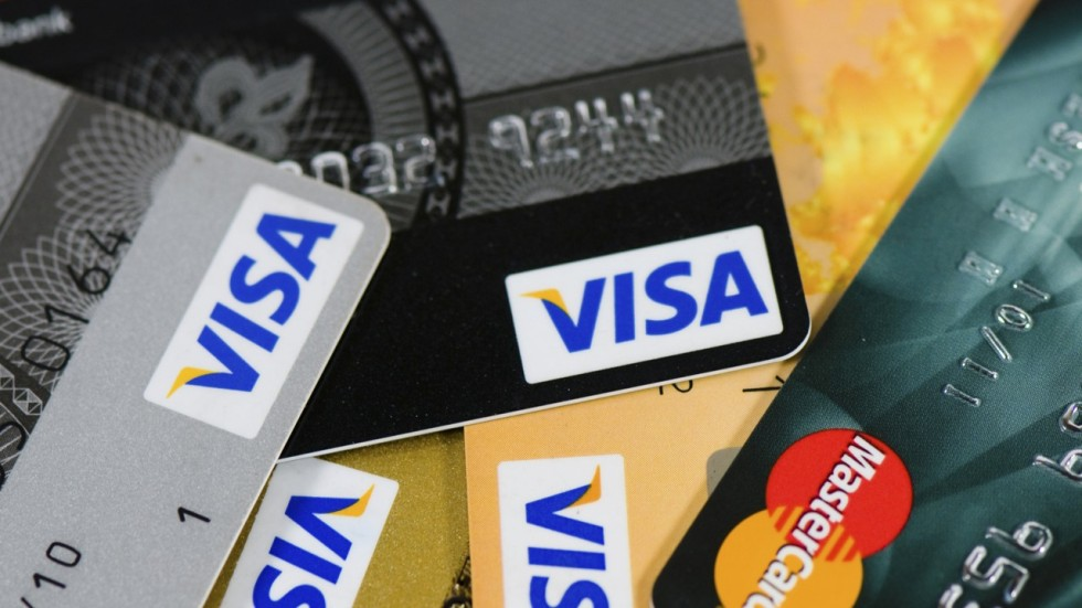 Visa applies for direct access to chinas bank card clearing market maggie zhang reheart Choice Image