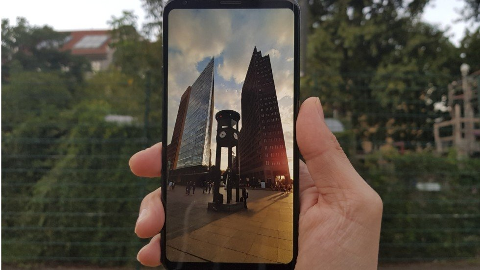 Image result for Review: LG V30 smartphone – superb photos and gorgeous display top off a hard-to-beat package