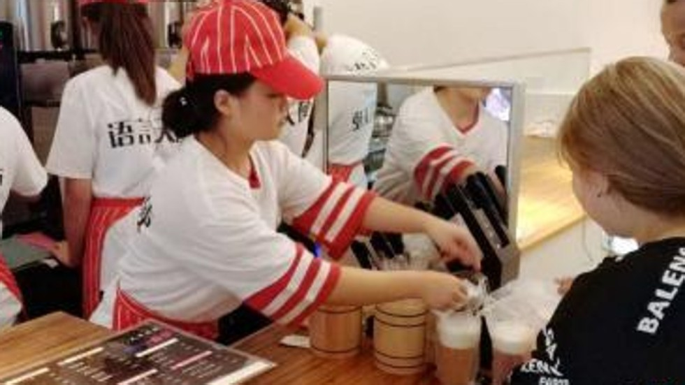 Silent Bubble Tea Shops Offer Work And Hope To Deaf Chinese South