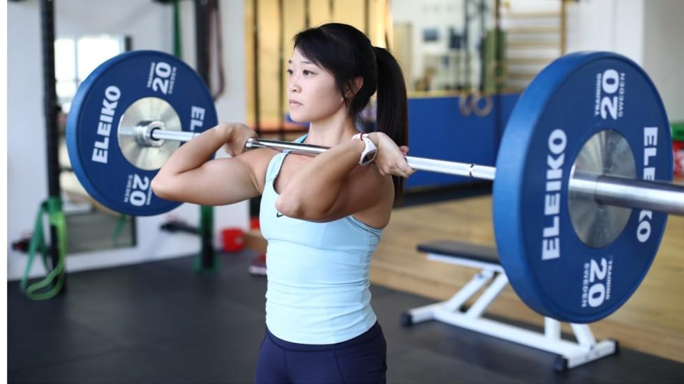 Asian girl muscle legs winners