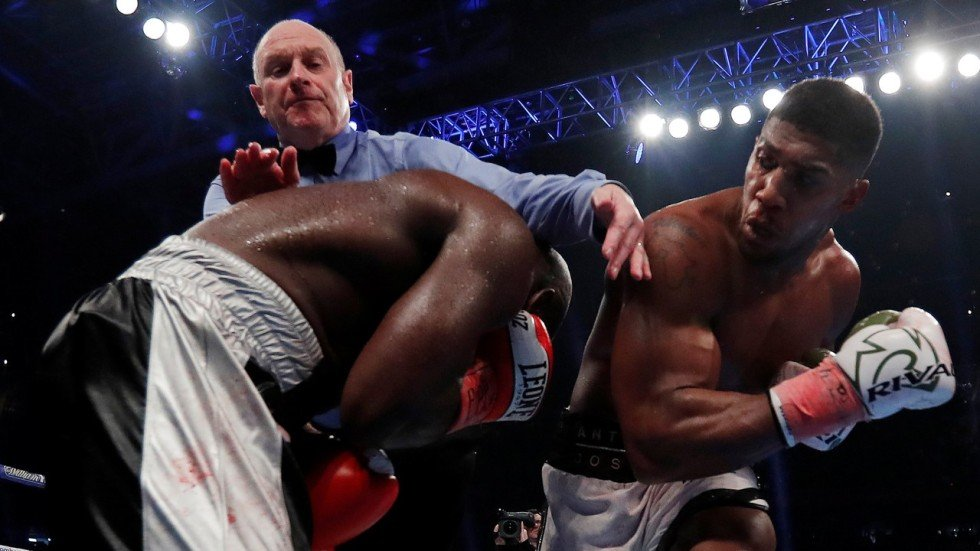 Anthony joshua retains heavyweight title by stopping carlos takam in associated press malvernweather Gallery