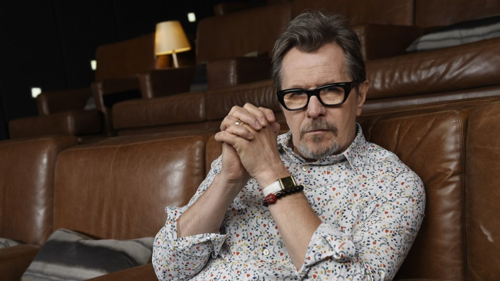 Gary Oldman Proposed to His Wife While Dressed as Winston Churchill