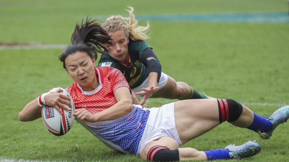 Photos of women hookup shorter mens soccer