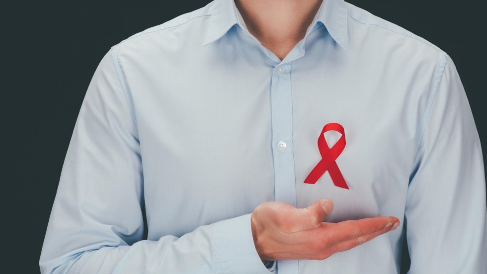 Chinese Man With Hiv Wins Back His Job And Us9000 In Lost Earnings