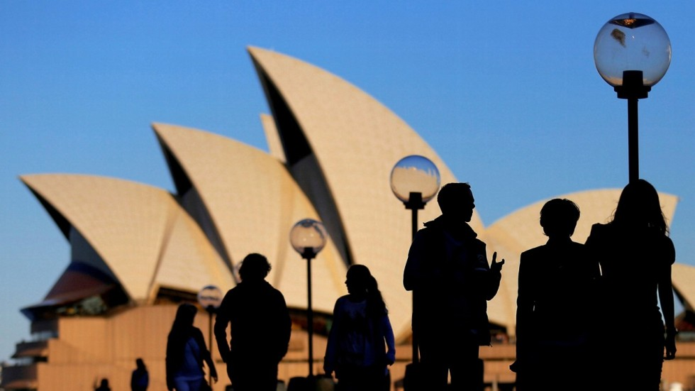 Anger As Australias Sydney Opera House Used For Horse Racing Ads
