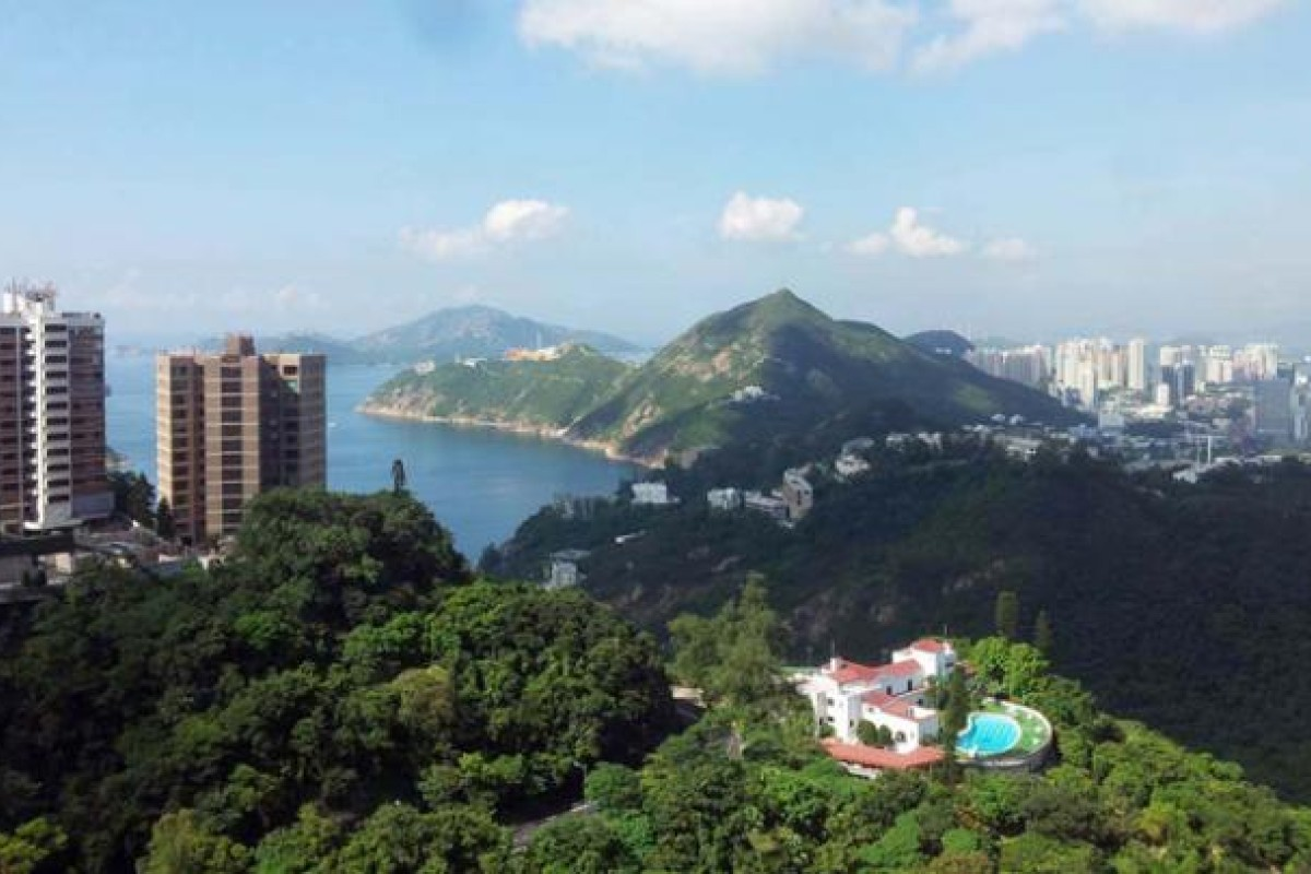 Hong Kong Island: so near, yet so far from being easy to circumnavigate.