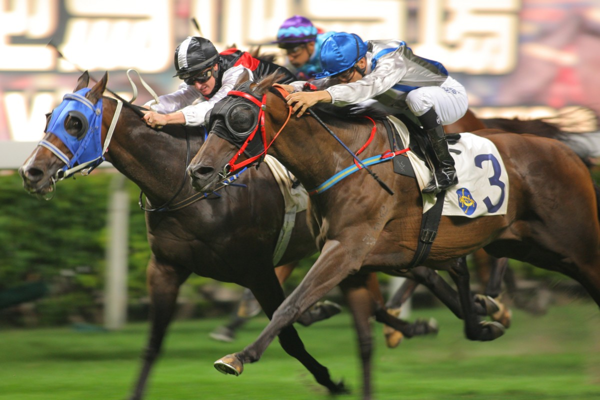 Golden Addiction (outside) shared the honours with Young Talent last start, but he can get a win in his own right on Wednesday. Photo: Kenneth Chan