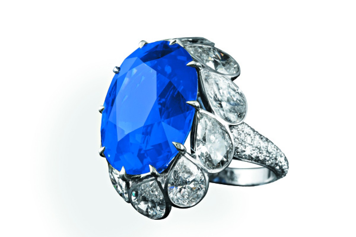 A ring with an oval sapphire from David Morris.