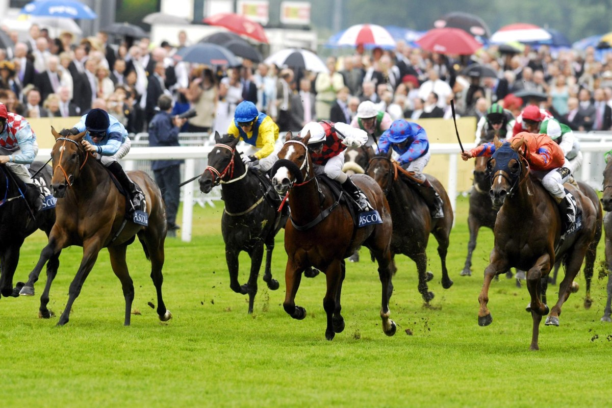 Takeover Target (red colours) was a Royal Ascot winner and became one of world racing's most popular gallopers.
