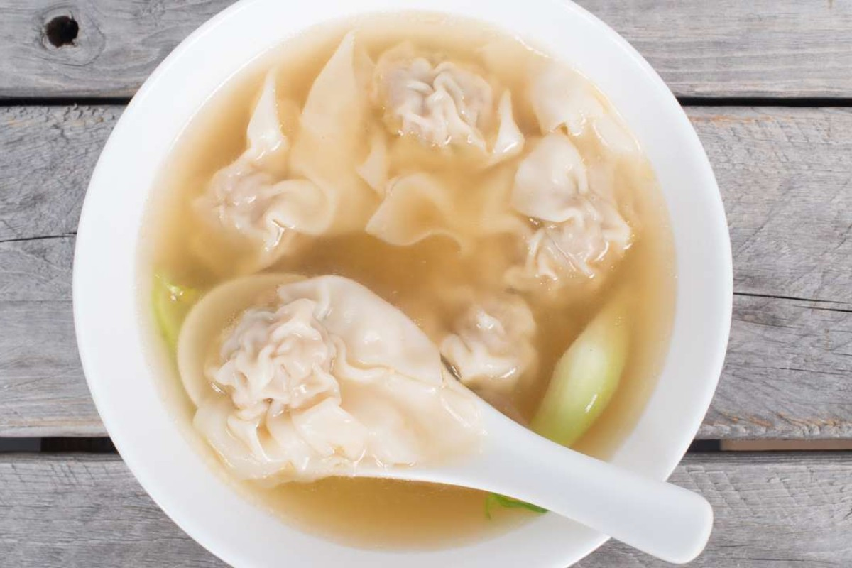 """A bowl of wontons in broth was known as """"short soup"""" in 19th-century Australia."""