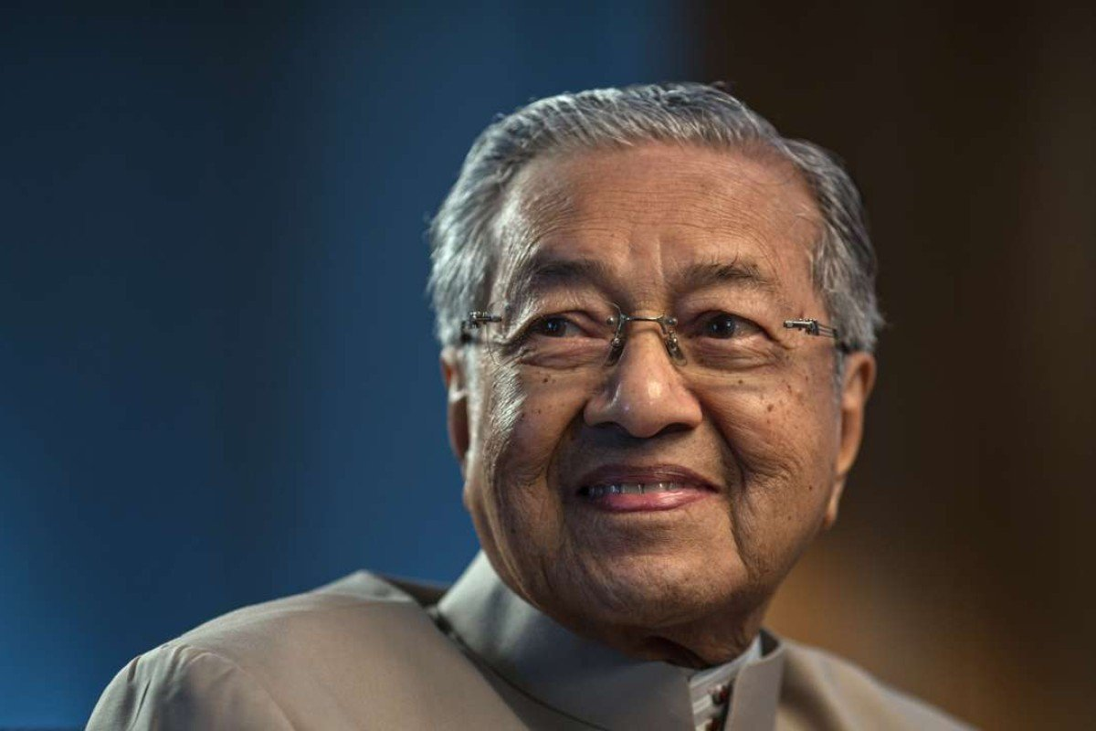 mahathir mohamad Mahathir mohamad, 92, sworn in as world's oldest elected leader after shock win  in  mahathir mohamad's stunning defeat of najib razak causes 'political.