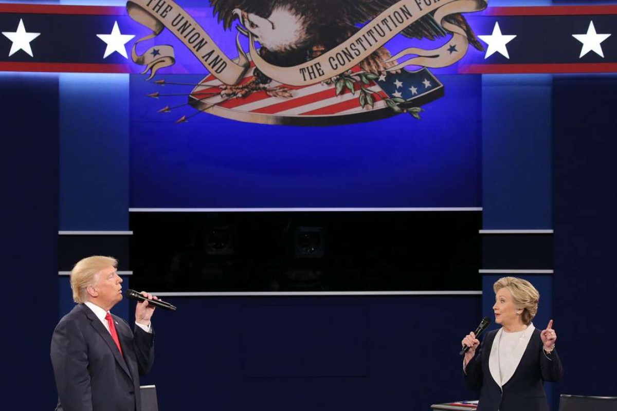 Republican Donald Trump and Democrat Hillary Clinton during the second presidential debate at Washington University in Missouri. Photo: EPA