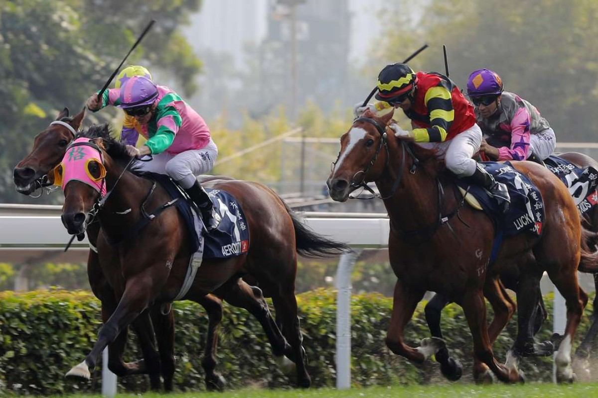 Aerovelocity and Zac Purton hold off the charging Lucky Bubbles (Brett Prebble) to win the Hong Kong Sprint. Photo: Kenneth Chan