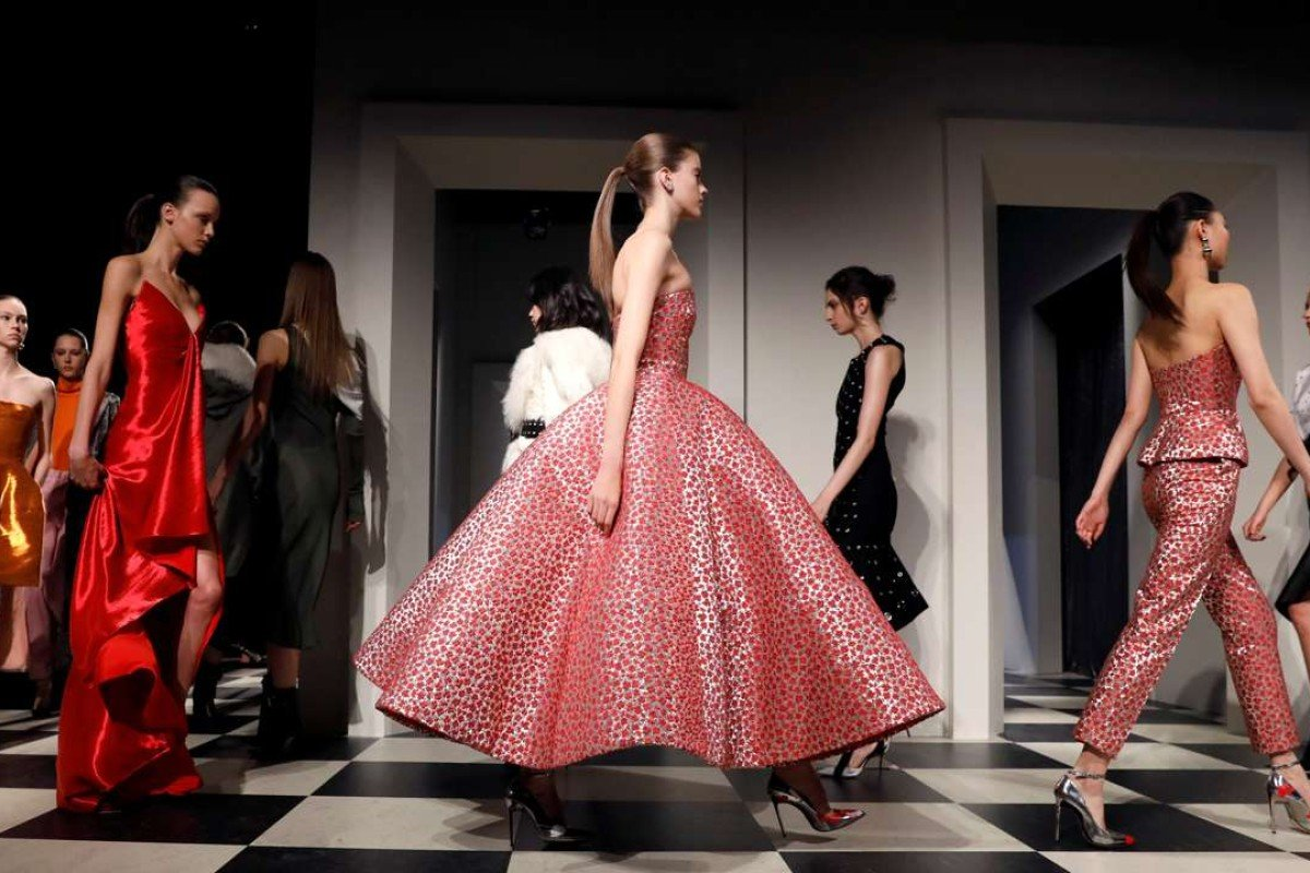 Oscar de la renta s new designers redefine pretty style for Nyu tisch fashion design
