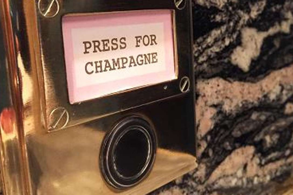 London finance workers to get desk champagne buttons at 40 Beak Street