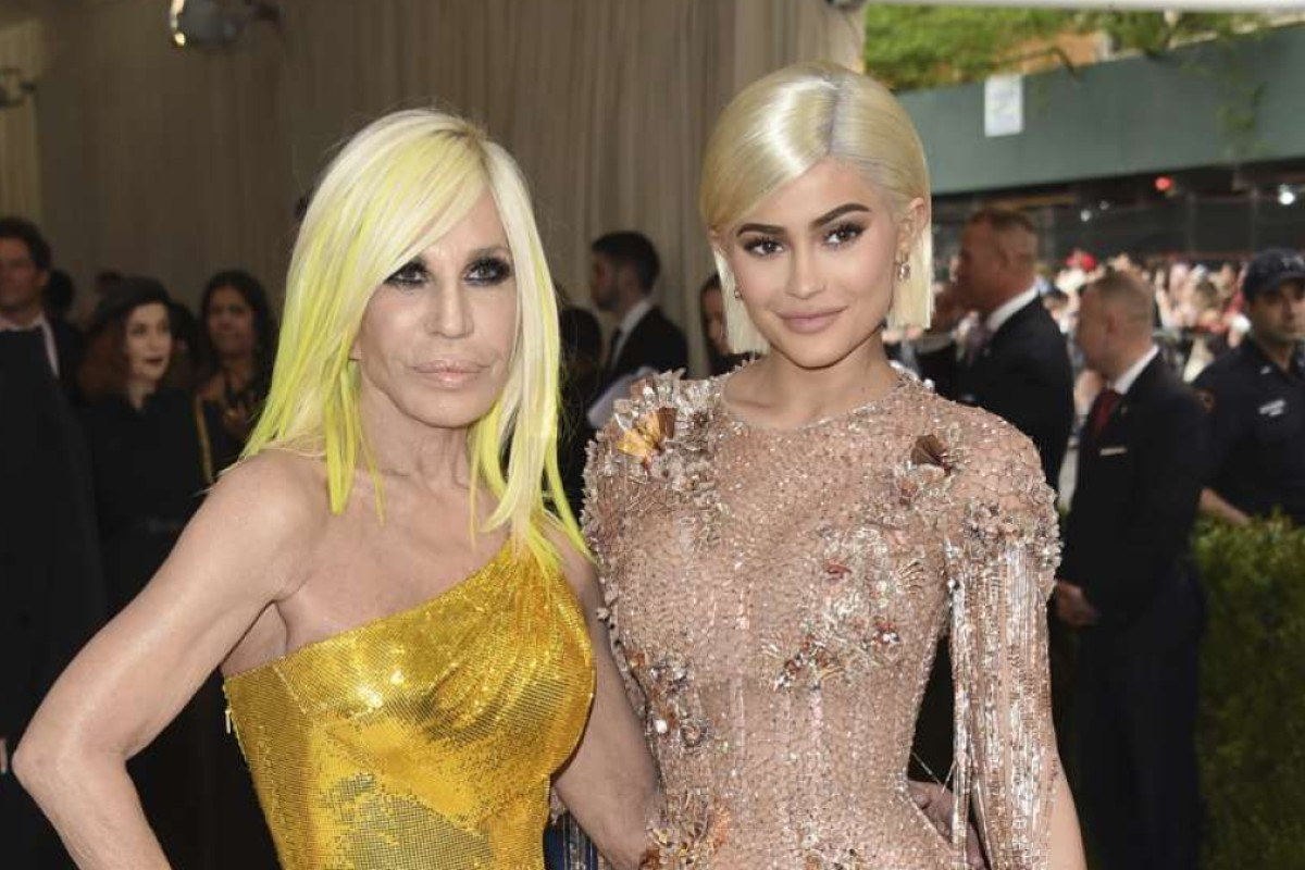 Kylie Jenner, right, and Donatella Versace attends The Metropolitan Museum of Art's Costume Institute benefit gala celebrating the opening of the Rei Kawakubo/Comme des Garçons: Art of the In-Between exhibition on Monday, May 1, 2017, in New York. (Photo by Evan Agostini/Invision/AP)
