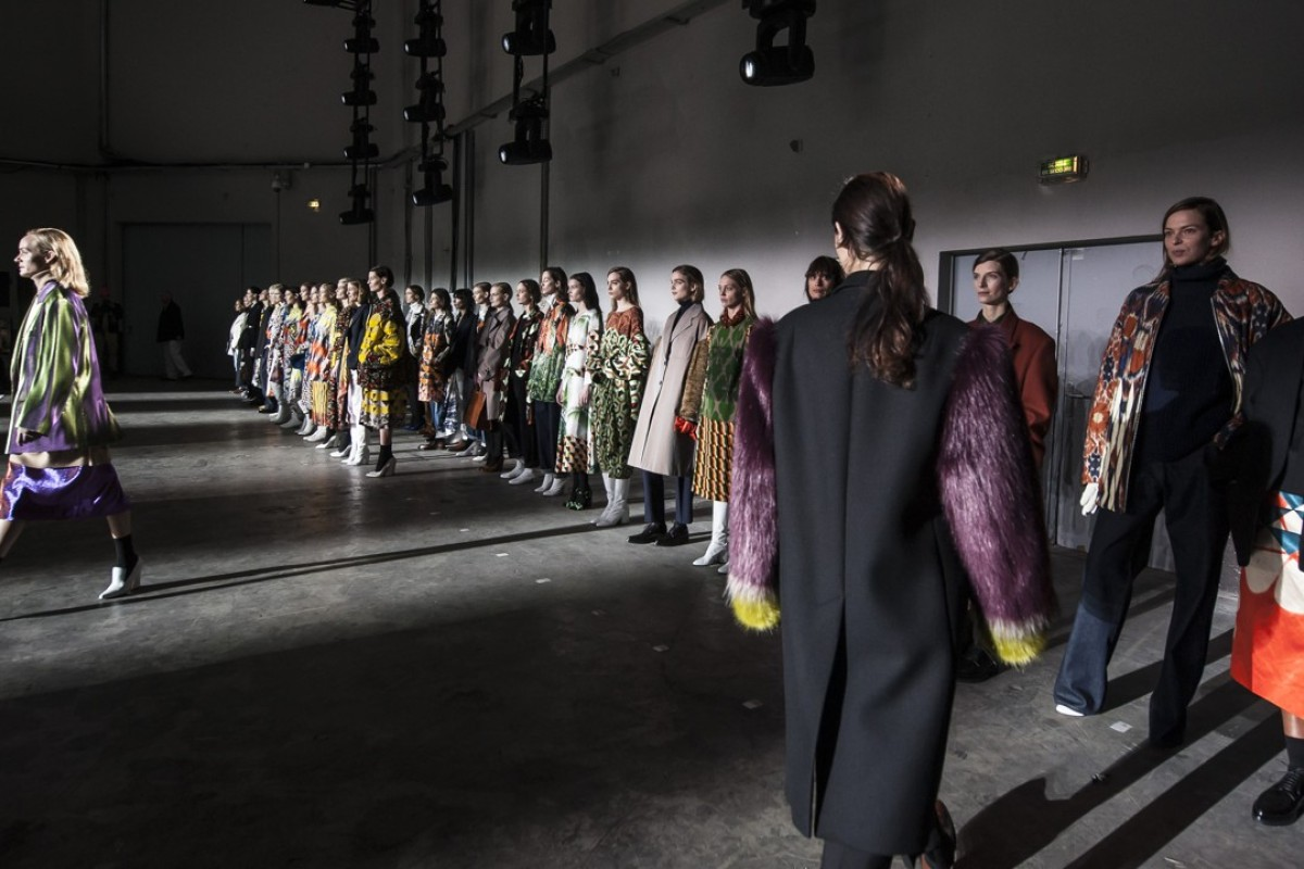 Behind the scenes images of Dries Van Noten's autumn-winter 2017 show during Paris Fashion Week