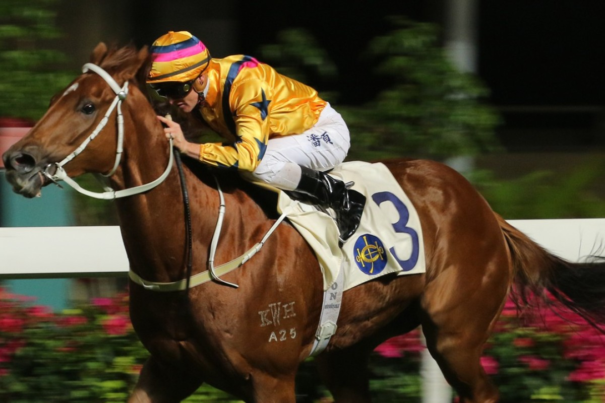Zac Purton guides Winner's Way to a dominant victory at Happy Valley last start. Photos: Kenneth Chan
