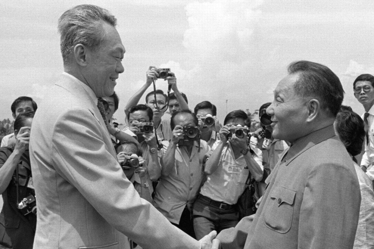 Lee Kuan Yew, left, welcomes Deng Xiaoping, right, to Singapore. Photo: Xinhua