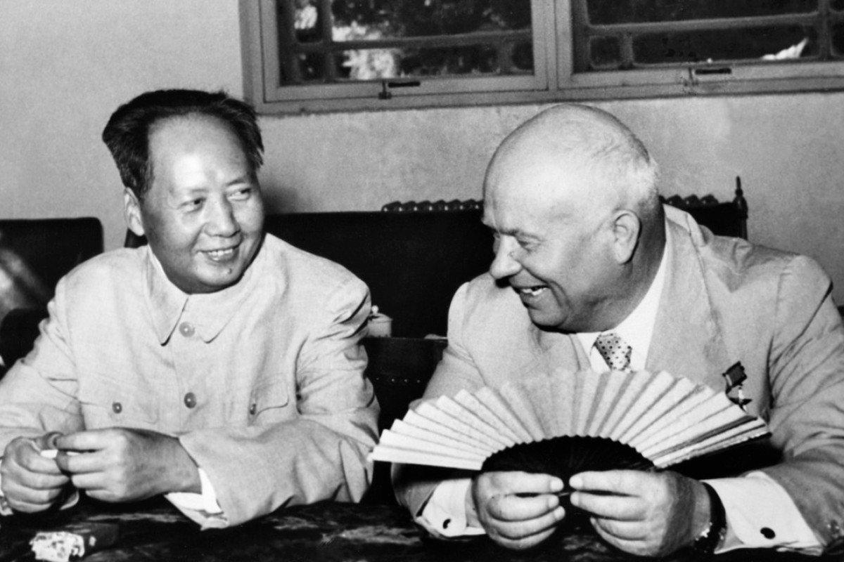 Chinese leader Mao Zedong with Soviet leader Nikita Khrushchev in August 1958. Photo: AFP