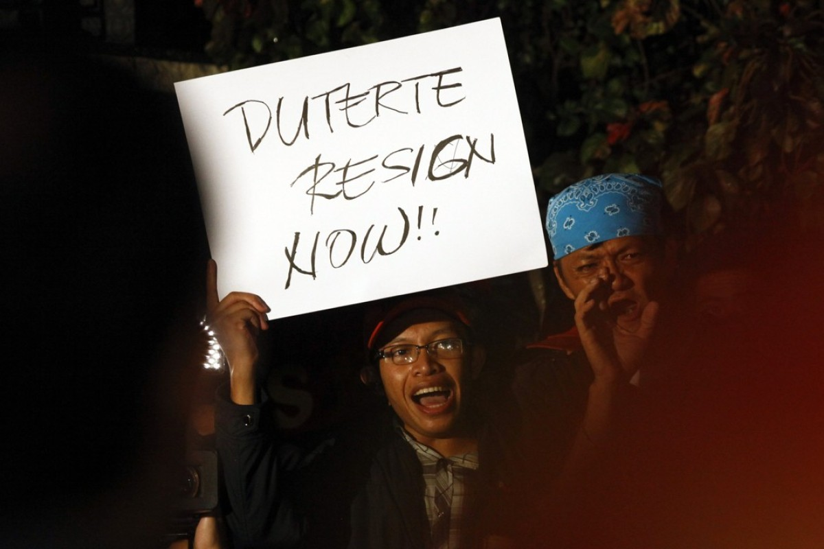Human rights protesters call for the resignation of Philippine President Rodrigo Duterte. Photo: EPA