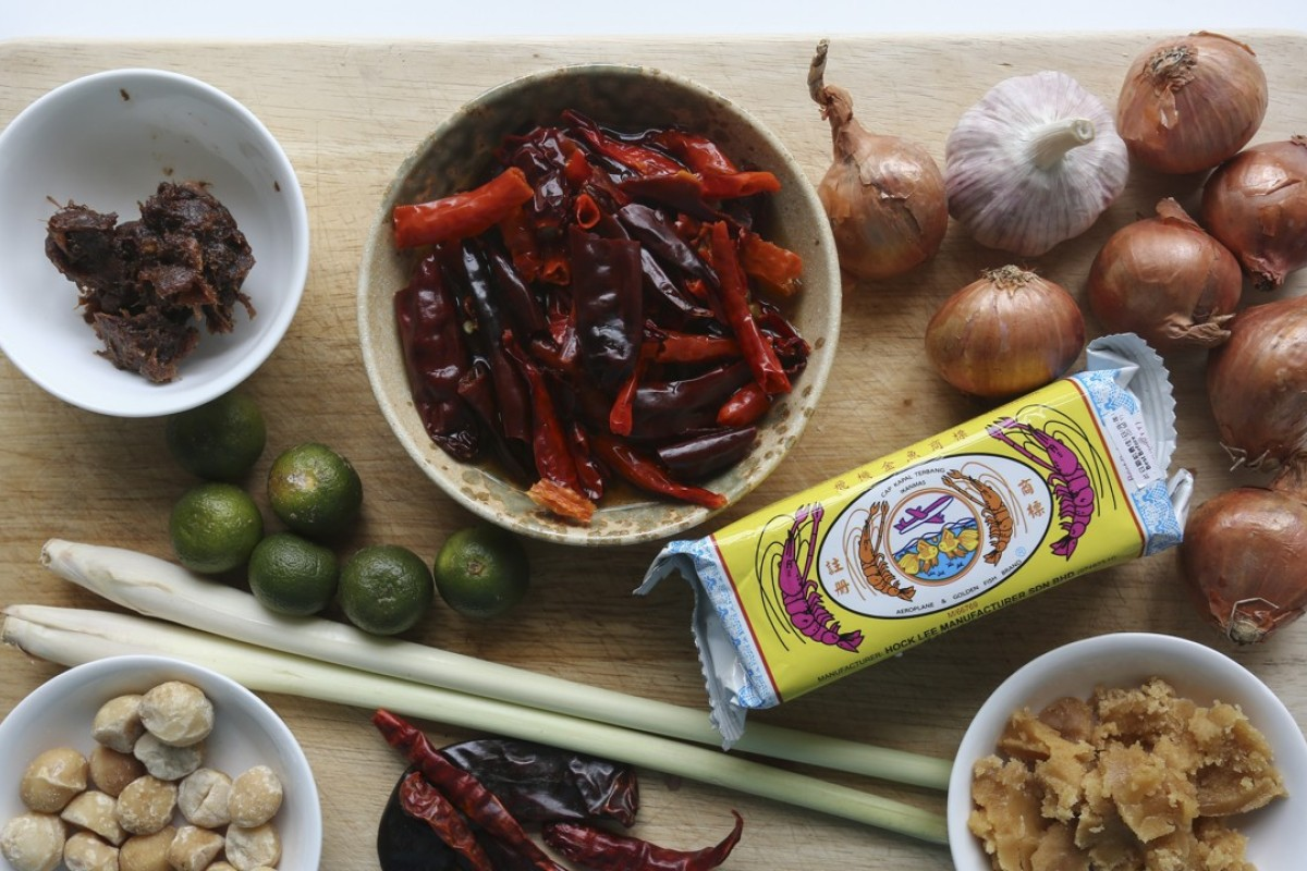 How to make sambal stingray at home you dont have to fly to ingredients for sambal stingray pictures jonathan wong styling nellie ming lee forumfinder Images