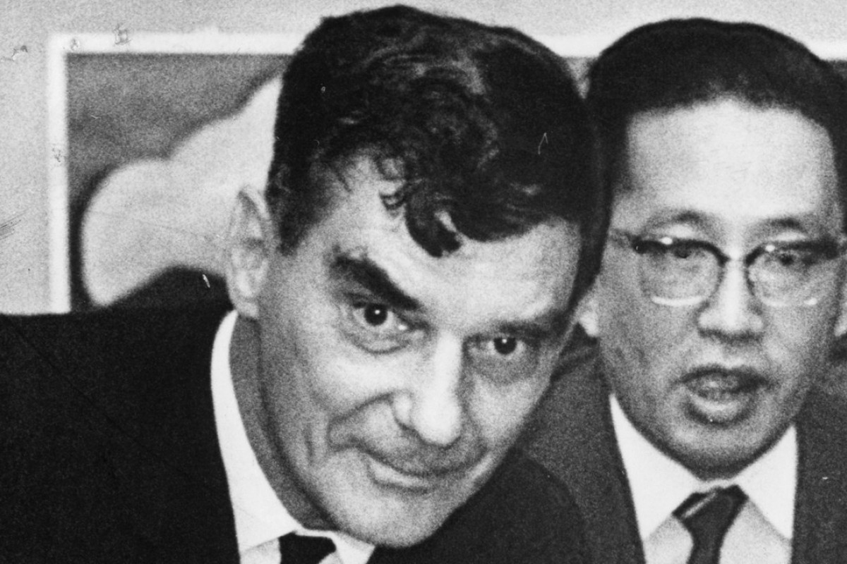 Michael Wright (left) in September 1967. Picture: SCMP